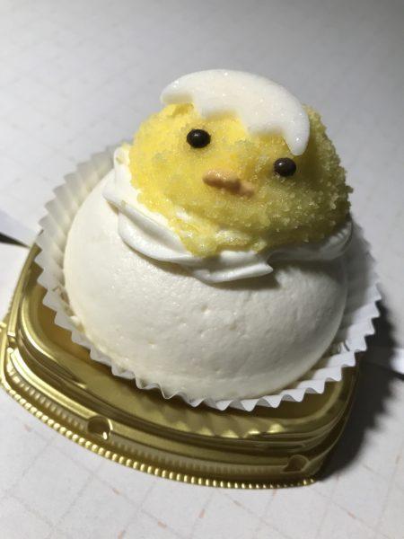 ヒヨコ、ケーキ